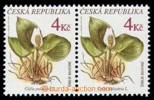 107774 - 1997 Pof.135, Nature Protection - flora, pair with plate var