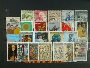 113177 - 1941-75 selection of 25 pcs of mint never hinged stamps, con
