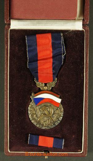130766 - 1955 ČSR II.  Řád republiky, I. podoba, čís. 154 na jméno Vá