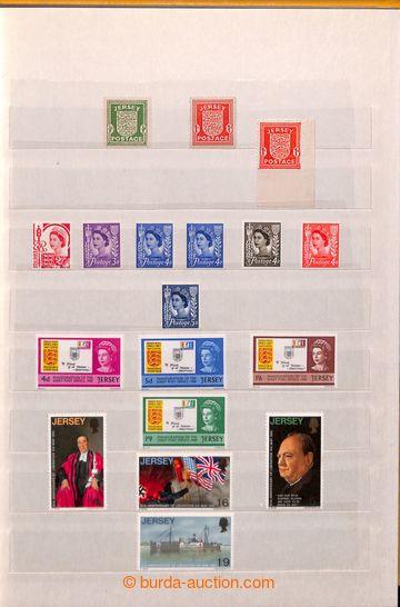 212067 - 1958-1982 [SBÍRKY]  JERSEY / sbírka v zaplněném 8-listov