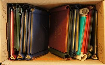 214962 -  PÉROVÉ DESKY / 19ks desek, různé formáty, doplněno o 1x šro