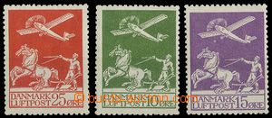 25107 - 1925 air-mail Mi.143-145, c.v.. 100€