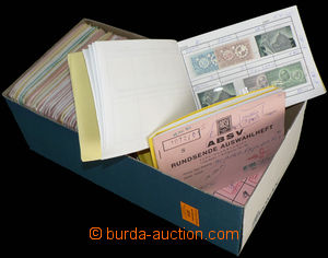 30219 - 1870-1970 EGYPT  selection of 51 pcs of small choice noteboo