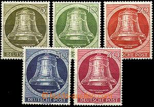 41844 - 1951 Mi.82-86 Bells, mint never hinged, c.v.. 140€