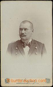 49997 - 1900? kabinetní fotografie poštovního oficiála Dubišár