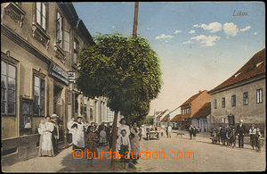 52090 - 1922 Lišov, activity in the street; Us, bumped corners
