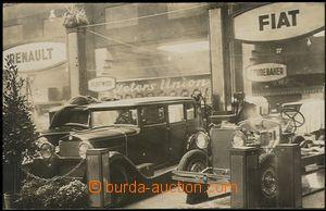 57771 - 1928 FIAT, fotopohled v výstavy v Berlíně, v popředí 2 vozy;