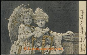 57878 - 1905 small slečny in/at paruce and with brolly ; embossed a