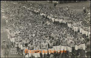 63968 - 1929 Sokol, autentický záběr na seřadiště cvičenců S