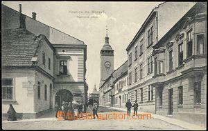 66367 - 1910 Hranice na Moravě - lidé v Radnické ulici; prošlá,