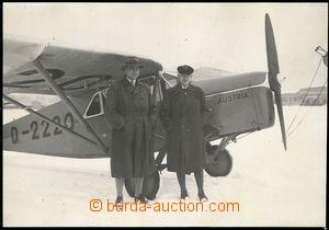 73947 - 19?? snímek posádky letadla Dr. Simmera a Dr. Schulteho p�