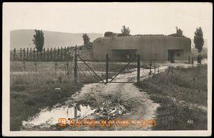 79004 - 1939 PETRŽALKA (Engerau), bunkr a drátěný zátaras, heil