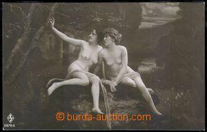 82318 - 1920 dvě ženy na přírodním pozadí, nahnědlý tón, ne