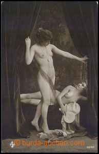82319 - 1920 dvě ženy v budoiru, nahnědlý tón, neprošlá, zach